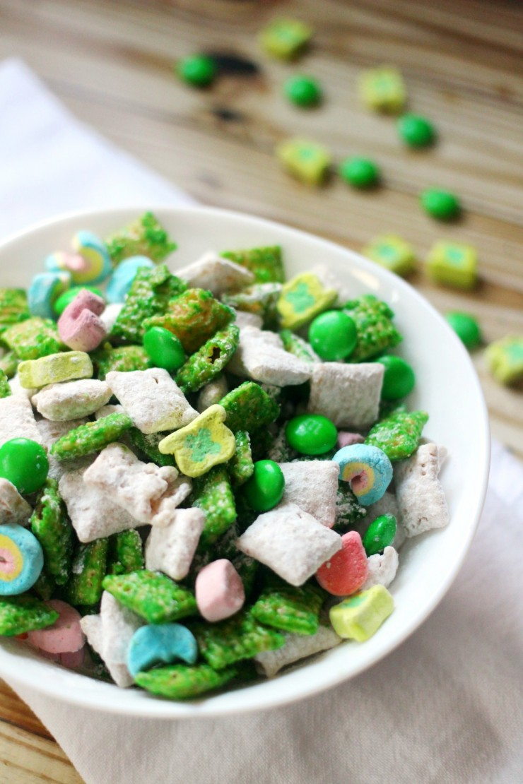 Lucky charms in a gift bag. Many craft ideas here for different holidays Find this Pin and more on St. Patrick's Day Crafts and Snacks for Kids by Ministry-To-Children. What a fun idea and great school treat idea for St. Pat's Day, but also a fun thank you gift.