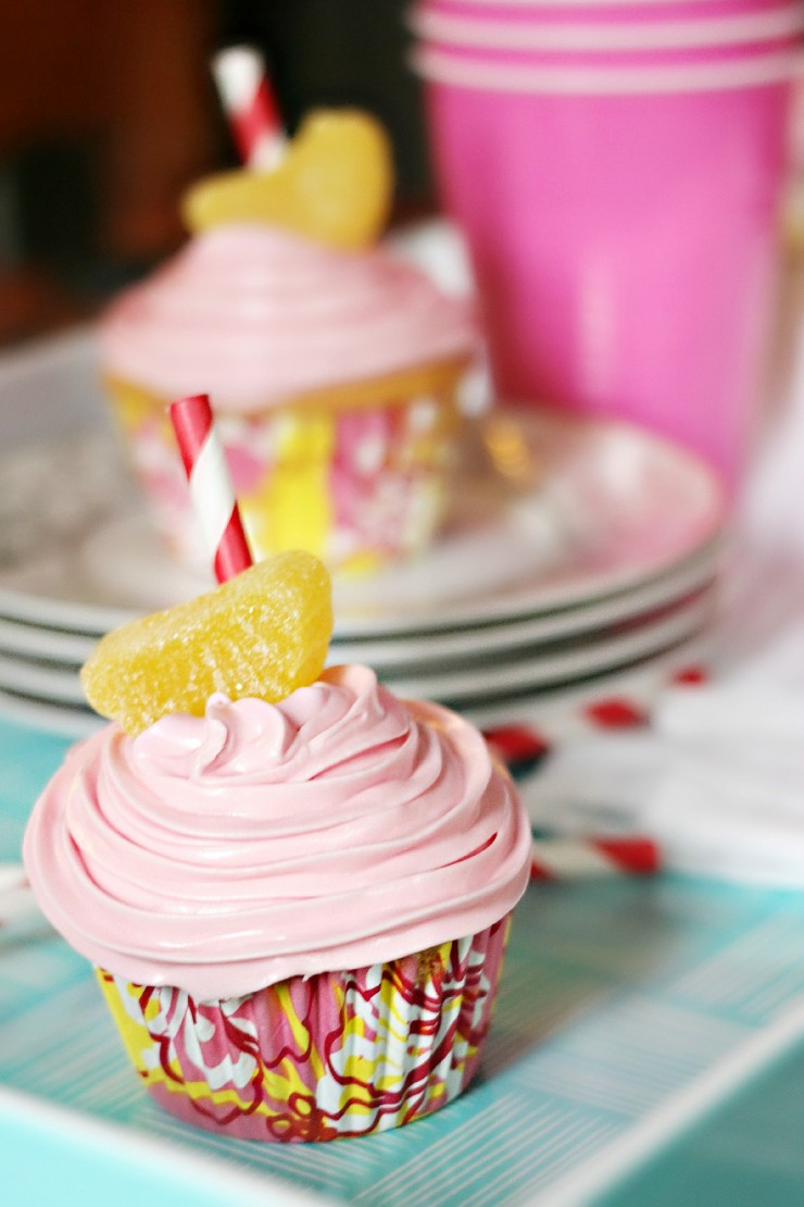 Aren't these Pink Lemonade Cupcakes super cute? This recipe makes a luscious lemon flavoured cupcake.