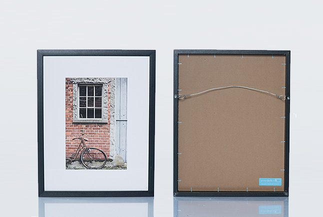 custom-photo-frames-ready-to-hang