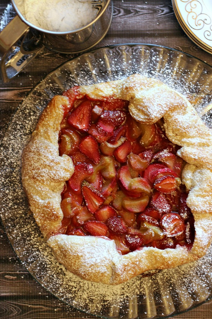 This Strawberry Rhubarb Galette is a perfect summer dessert full of all the very best flavours baked in a flaky all-butter puff pastry!