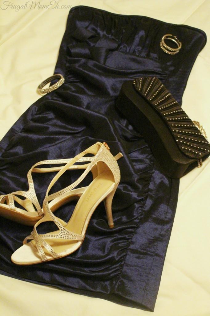 ShoeMe.ca: Nine West Women's Altemis Strappy Dress Sandal