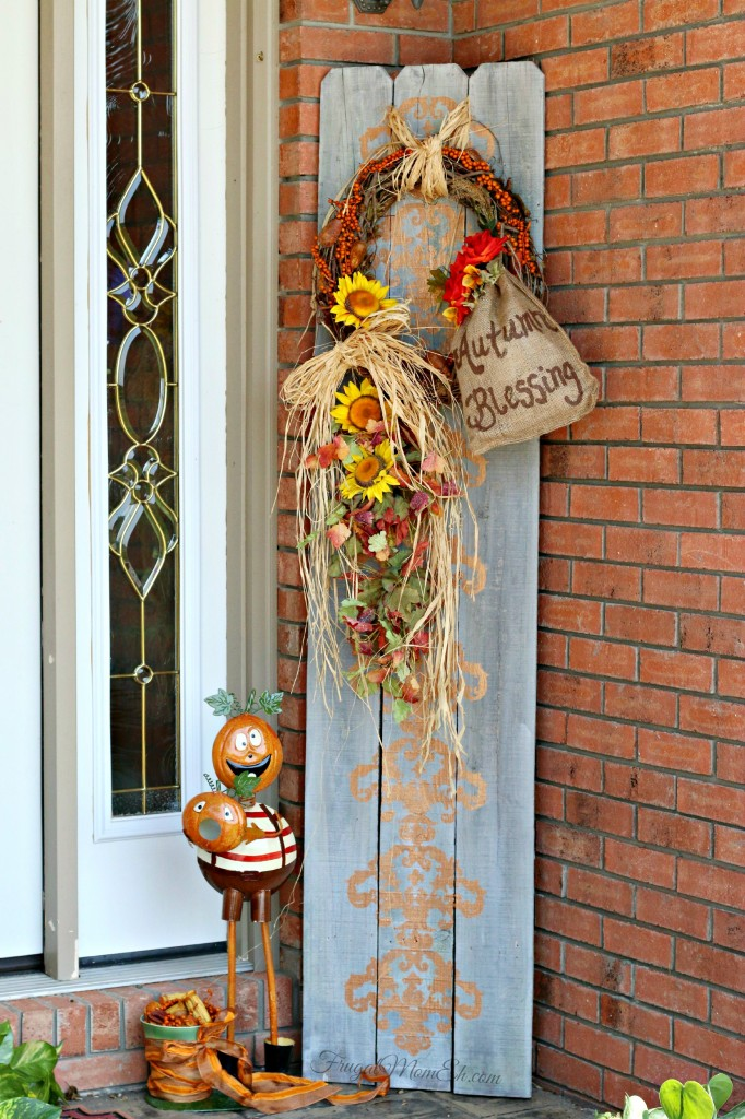 DIY Autumn Blessing Arrangement {Picket Fence Repurpose}