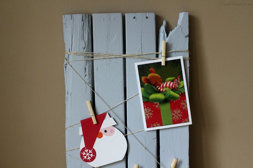 DIY Christmas Card Display #BehrHolidayHues