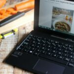 7 Reasons Why I Can't Live Without my Tablet  #IntelCanada