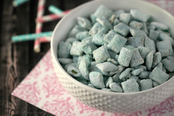 Enjoy a favourite summer treat all year long with these Cotton Candy Muddy Buddies