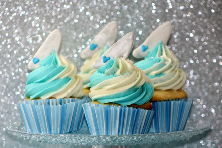 Disney's Cinderella cupcakes are inspired by Princess Cinderella and her glass slipper.  Perfect for Cinderella themed parties or for those who just love Disney!