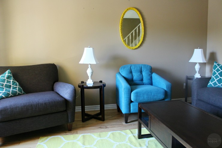 This Vintage Mirror Makeover is an easy DIY to take old pieces and make them new and modern looking!