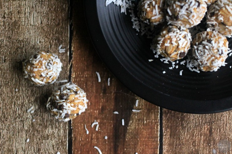 Coconut Covered Chia & Chocolate Chip Peanut Butter Snack Bites are a perfect no-bake energy bite recipe for the whole family!
