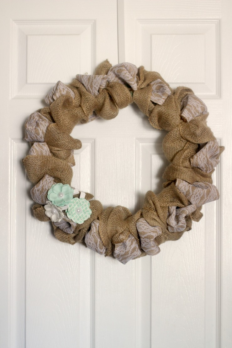 This Burlap U0026 Lace Wreath Is A Super Easy DIY Project And Is The Perfect  Addition To Shabby Chic Decor. Amazing Pictures