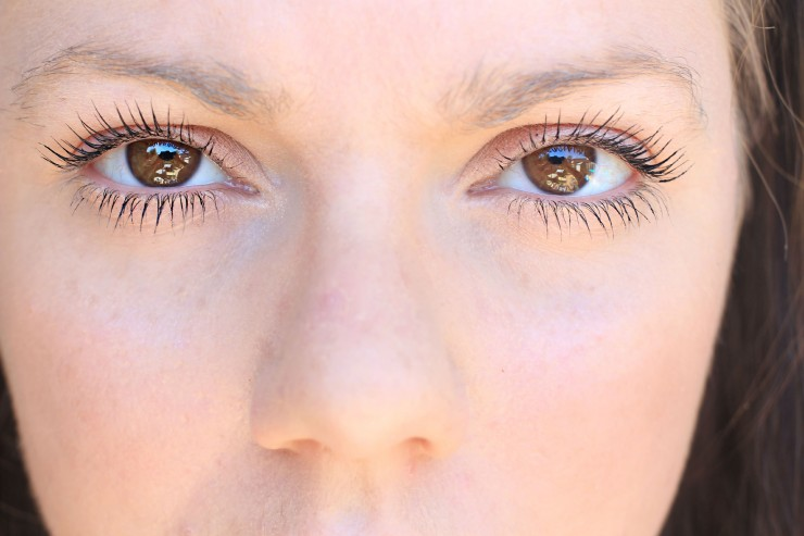 Get Beautiful Lashes and Brows with RapidLash
