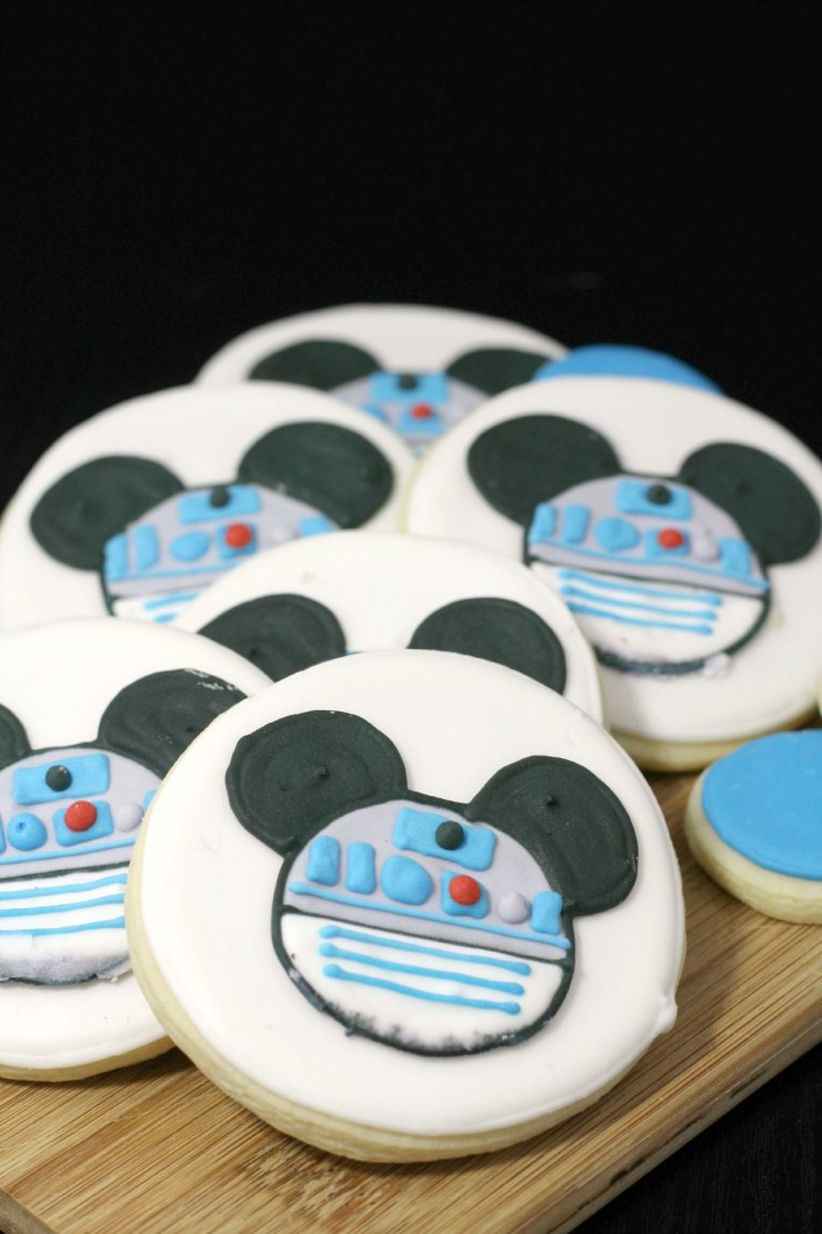 R2-D2 Mickey Mouse Cookies for Disney and Star Wars fans!