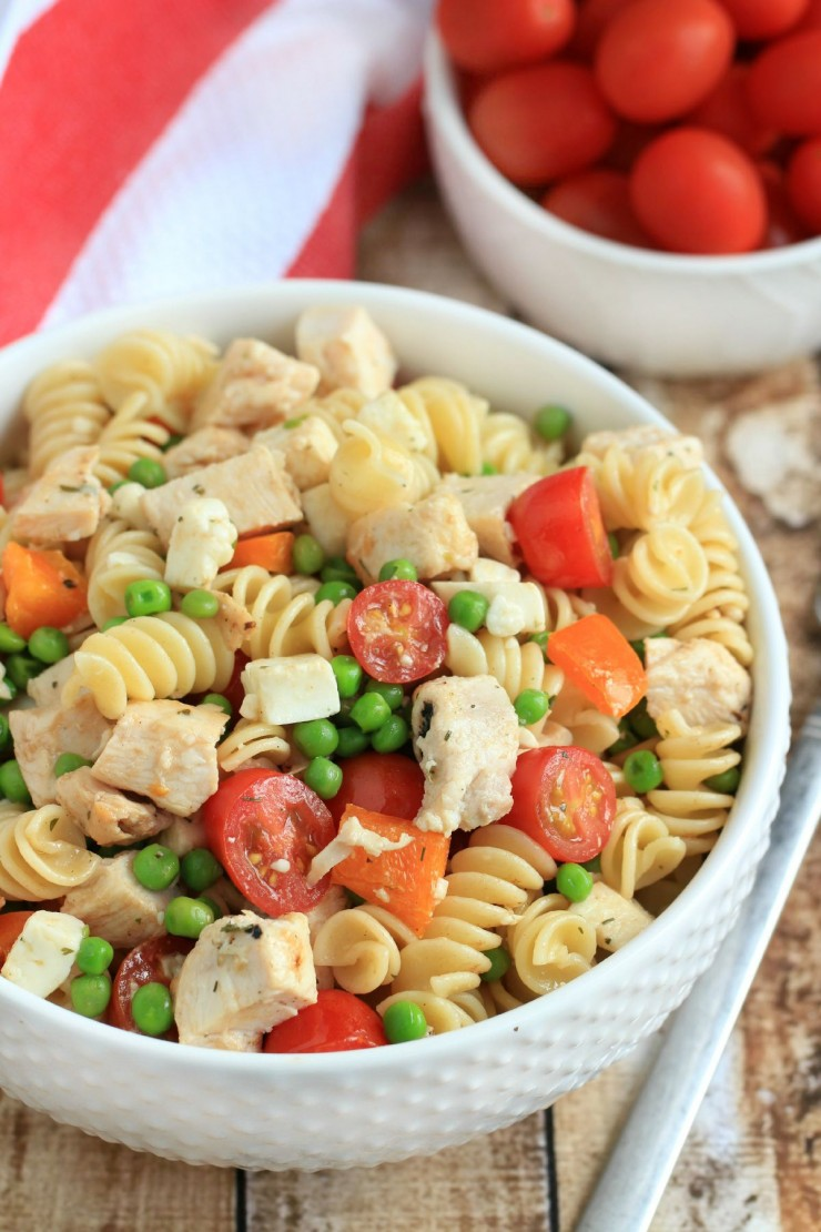 This Chicken and Pea Pasta Salad is a quick and easy dinner that makes for a great school lunch kids will actually eat!