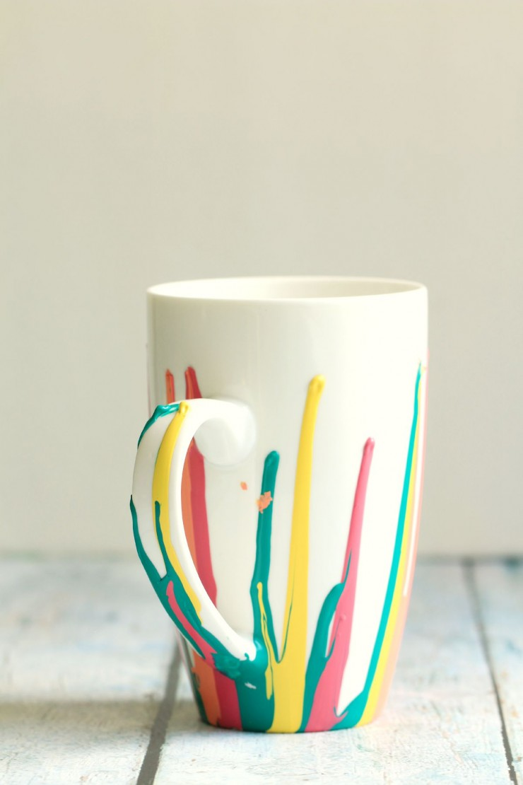 DIY Paint Drip Coffee Mugs inspired by the BEHR 2016 Color Trends