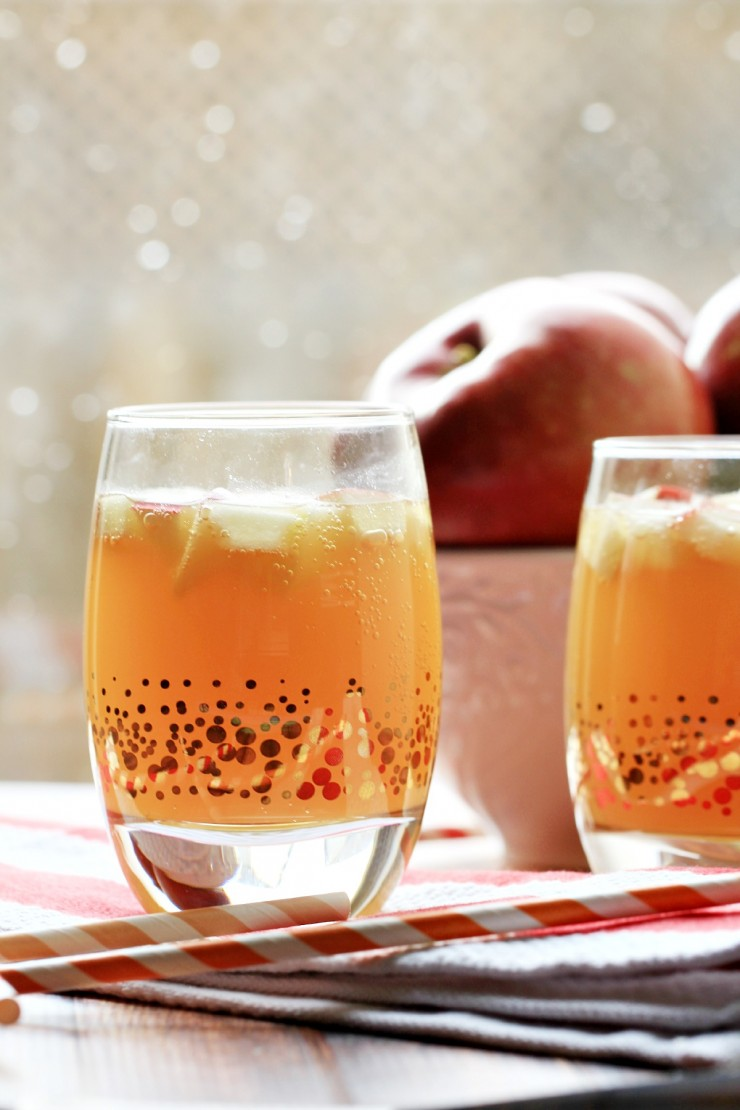 Apple Pie Punch | Non-Alcoholic Holiday Drink Recipes For All To Enjoy