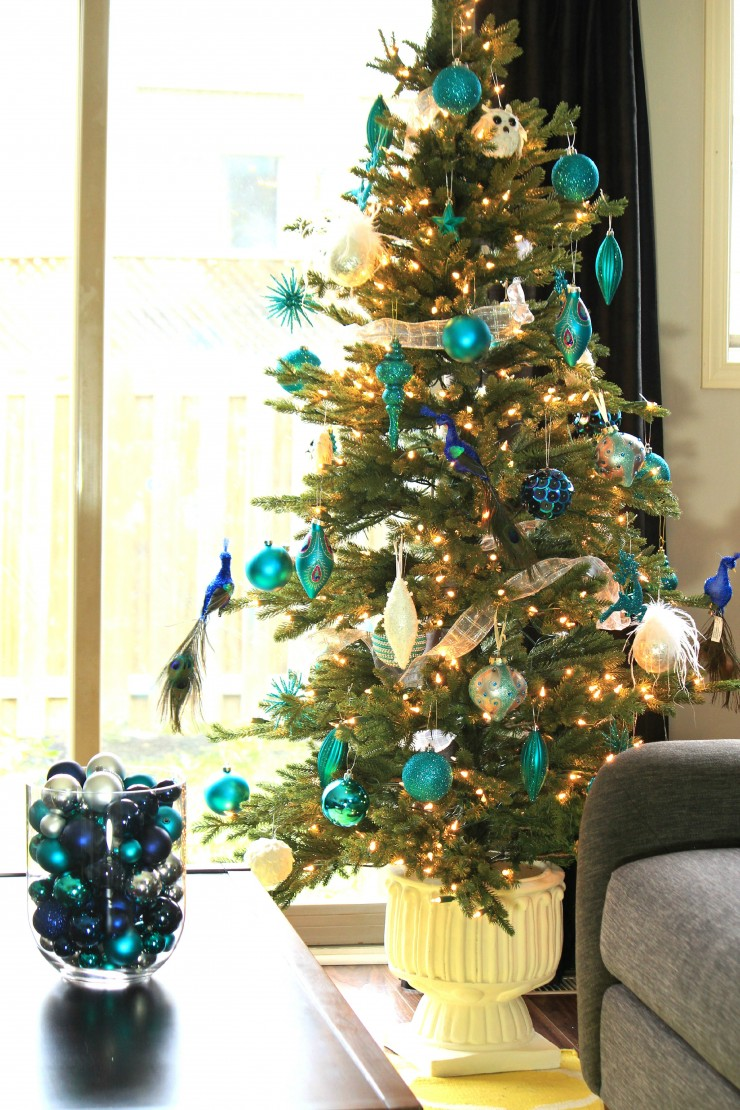Top Arctic Teal Christmas Decoration Ideas - Frugal Mom Eh! NJ37