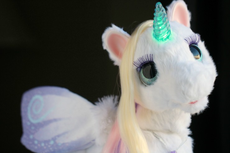 FurReal Friends – StarLily: My Magical Unicorn Pet #FMEGifts2015