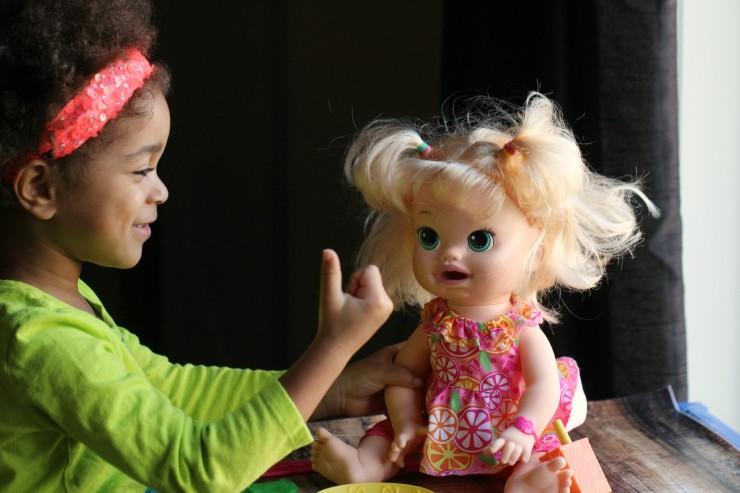 Baby Alive Super Snacks Snackin' Sara Doll #FMEGifts2015
