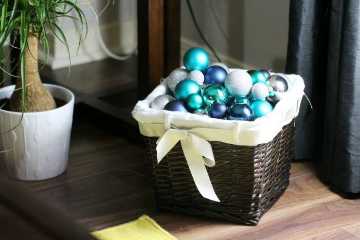 Arctic Teal Christmas Decoration Ideas - Christmas Ornaments in a Basket