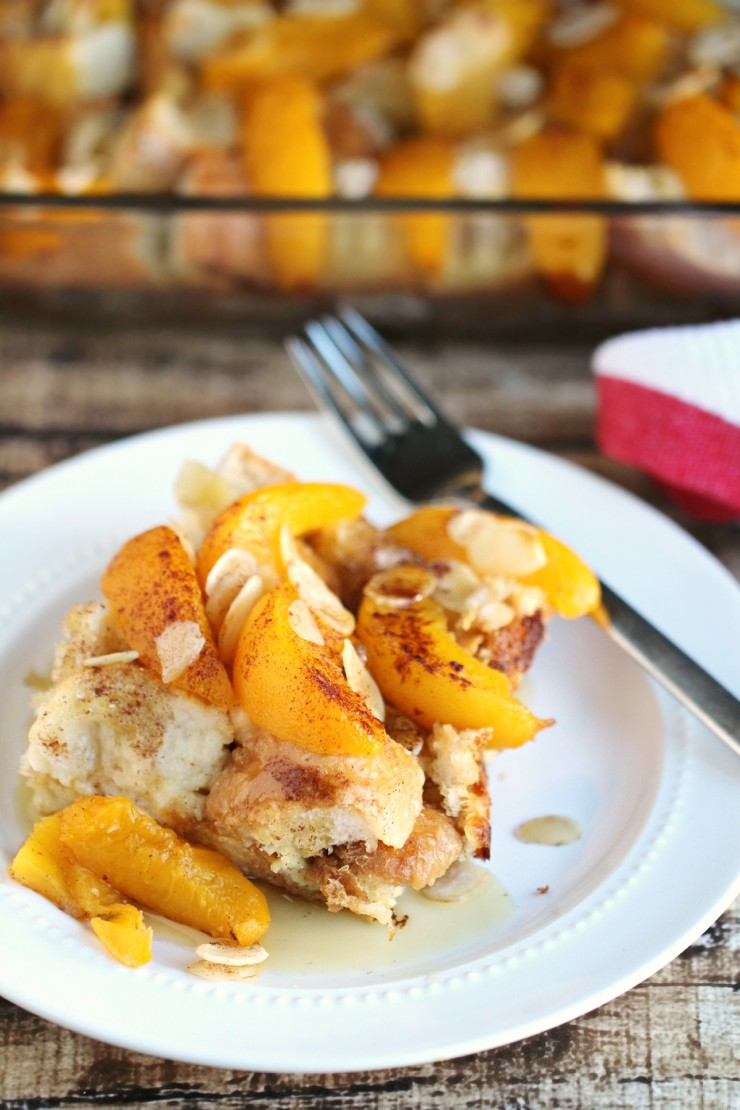 This Peach French Toast Bake with Almonds is an easy breakfast bake you might know as a wife saver breakfast - perfect for Christmas morning brunch!