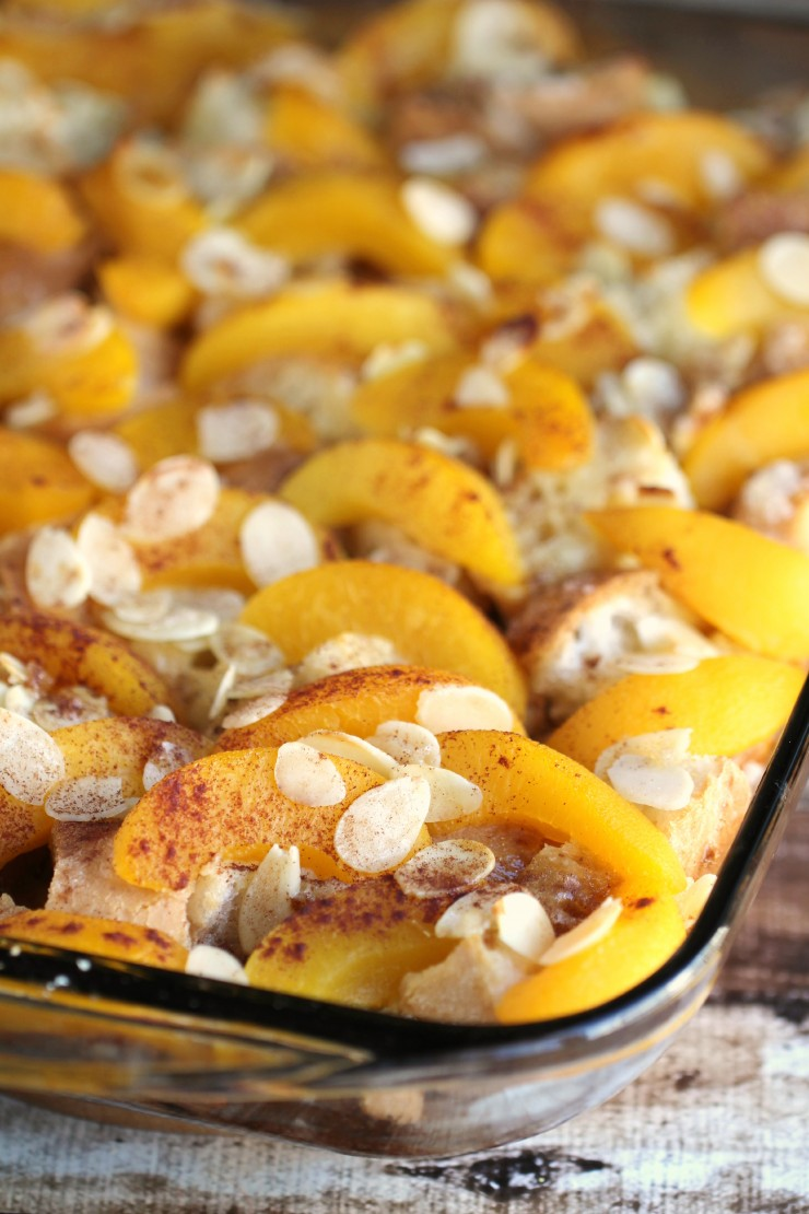 This Peach French Toast Bake with Almonds is an easy breakfast bake ...