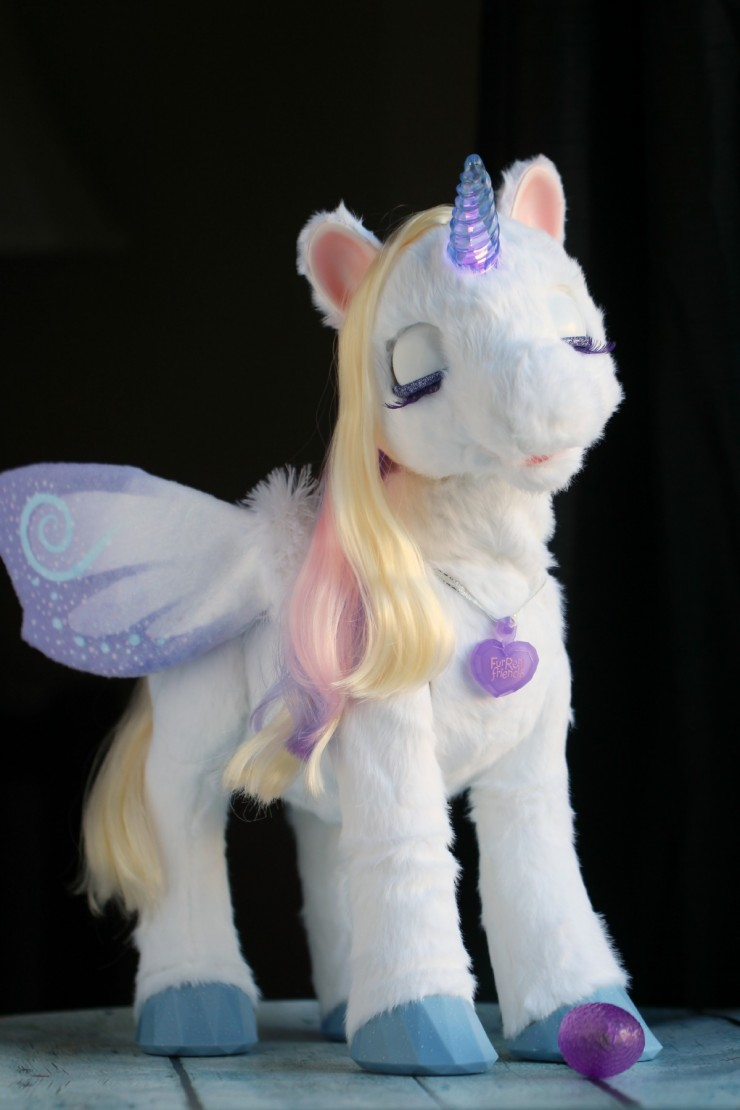 FurReal Friends - StarLily: My Magical Unicorn Pet #FMEGifts2015