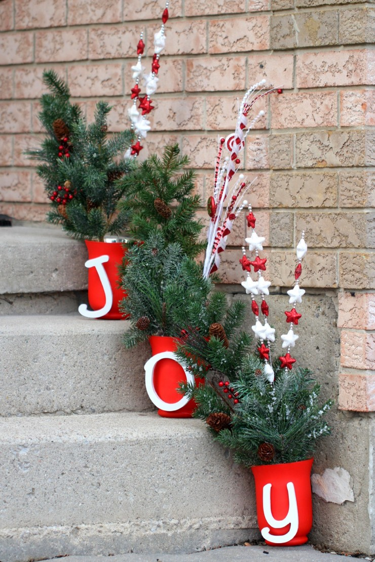 this joy outdoor christmas display is easy to customise and is a cheery way to bright - Joy Christmas Decoration