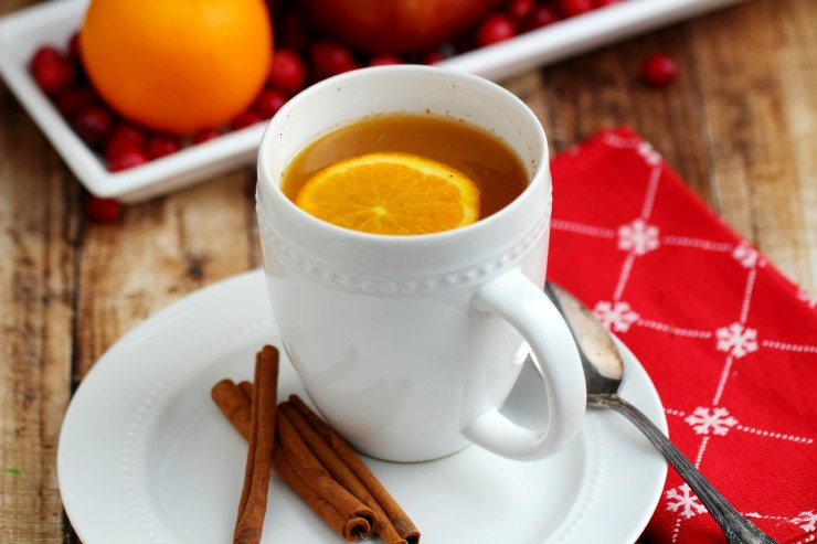 Kid Friendly Slow Cooker Wassail - Frugal Mom Eh!