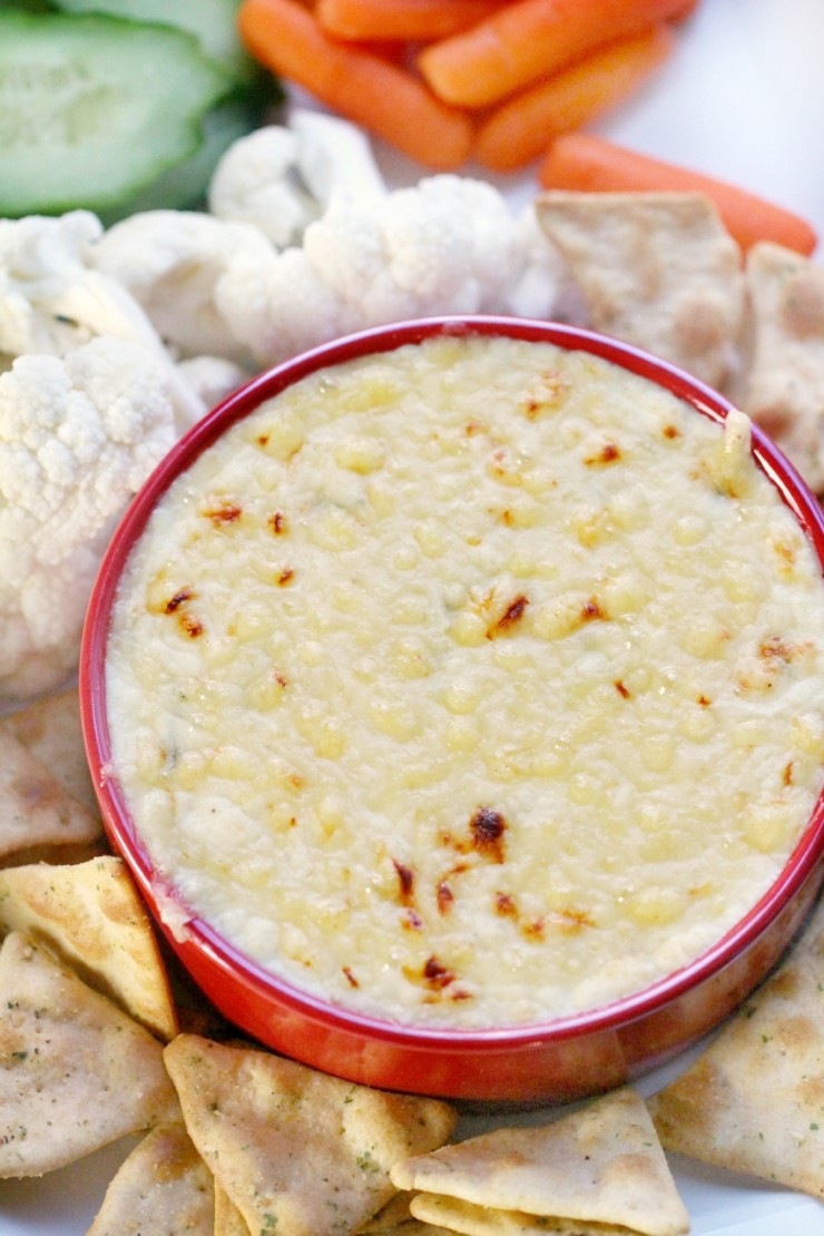 This Hot Cheese Dip with Emmental is an easy-to-make hot dip. The dijon mustard & white wine lends extra depth to this crowd-pleasing baked dip.