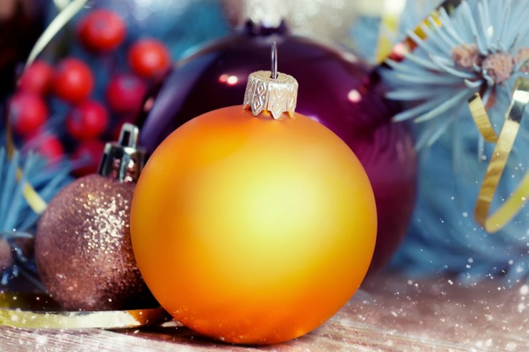 How to Have a Magical Christmas on a Budget