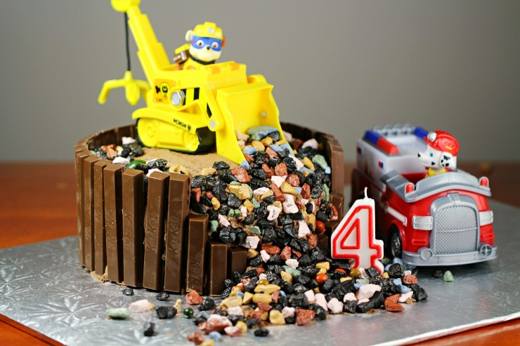 Images Of Paw Patrol Birthday Cake : Pin Super Bulldozer on Pinterest
