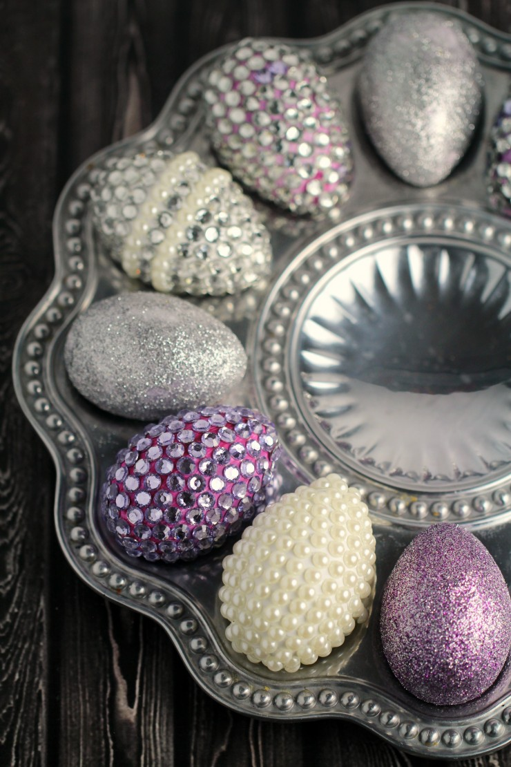 These Blinged Out Easter Eggs in Silver and Purple are almost Royal. They certainly add a touch of fun to any Easter decor!
