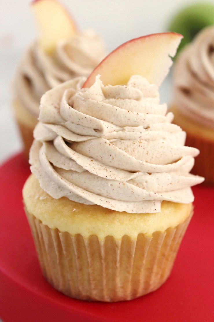 apple-filled-cupcakes1