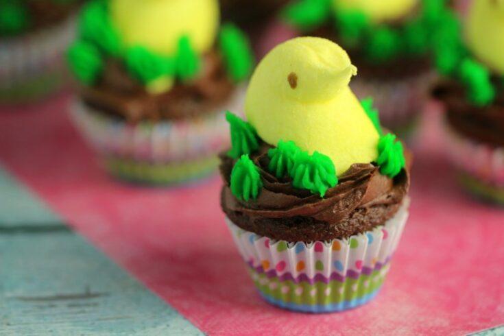 Mini Easter Peeps Cupcakes