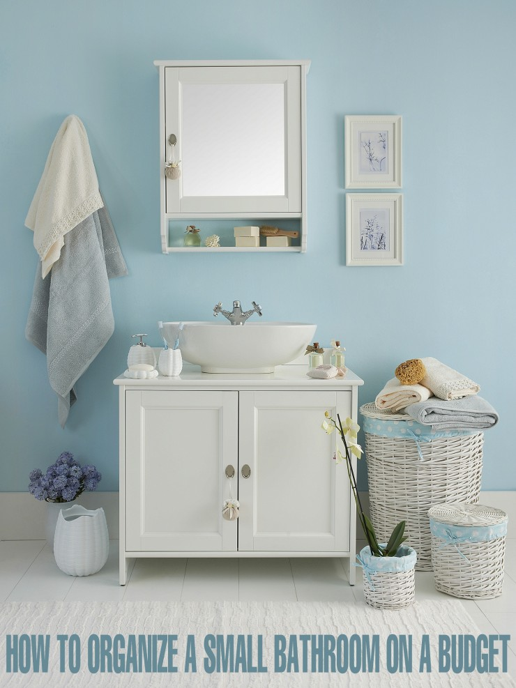 How to Organize a Small Bathroom on a Budget - helpful tips to get you started with getting your Small bathroom organized.