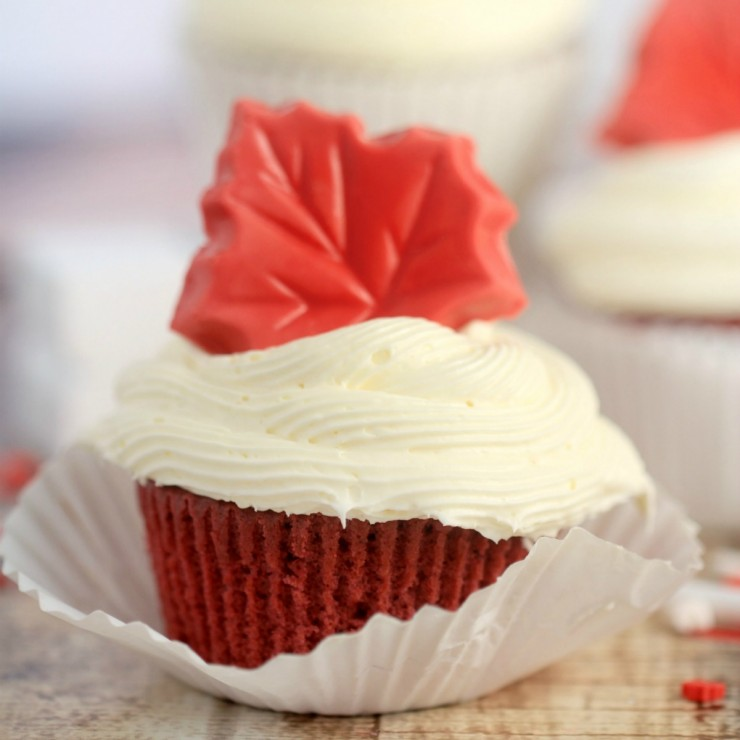 Canada Day Red Velvet Surprise-Inside Cupcakes