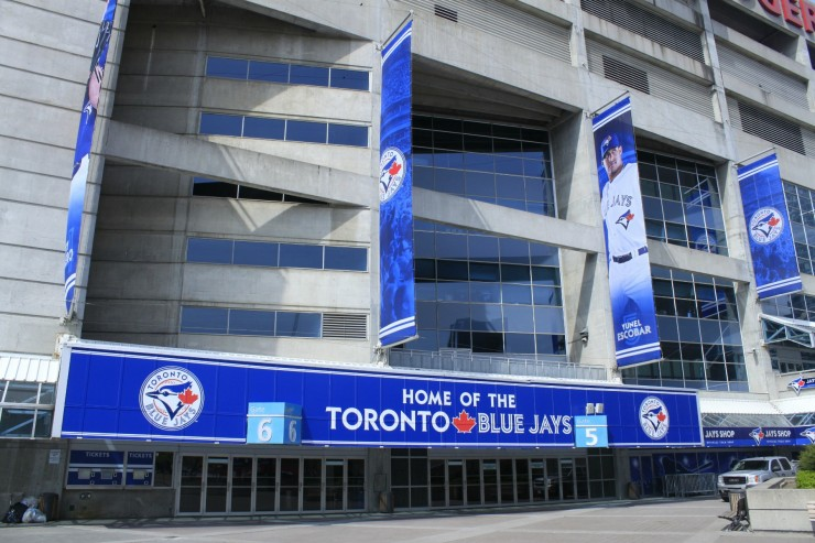 Don't let the summer pass you by without taking the opportunity to see the Toronto Blue Jays play.