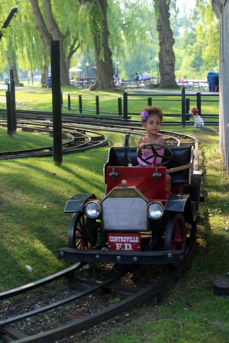 The Toronto Islands have plenty to do with the kids. If your kids want an adrenaline rush, Centreville Theme Park is the place to go and geared towards younger children.