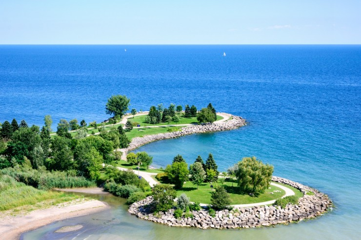 Looking for a great place to take your kids in Toronto this summer? Take a trip to Scarborough Bluffs.