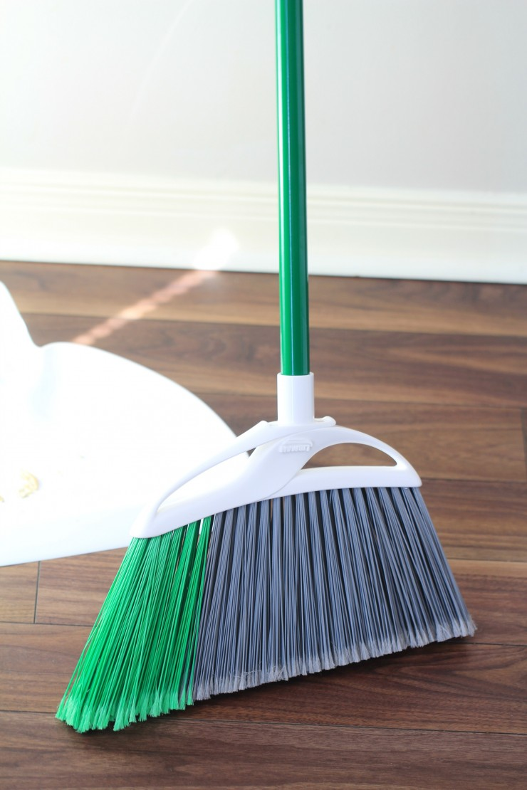 extra-large-broom 2