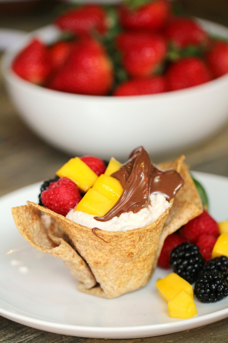 Bite into a crisp tortilla cup filled with a refreshing medley of mango, blackberry, raspberry and Nutella®. Add a little joy to everyone's morning by serving this delightful breakfast.