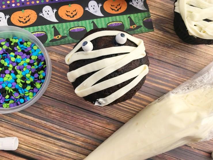 prep-mummy-cupcakes