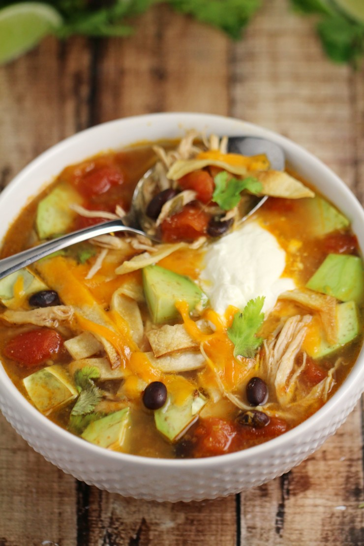 Chicken Tortilla Soup. It's easy, nourishing, delicious and so full of flavour, it is sure to be a family dinner hit all winter long.