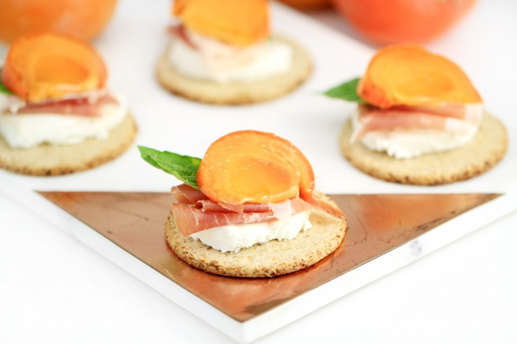 marinated-persimmon-prosciutto-and-goat-cheese-topped-oatcakes-5