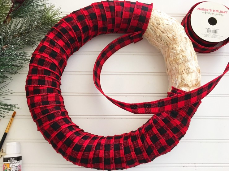 Buffalo Check Christmas Wreath.Plaid Christmas Wreath Frugal Mom Eh
