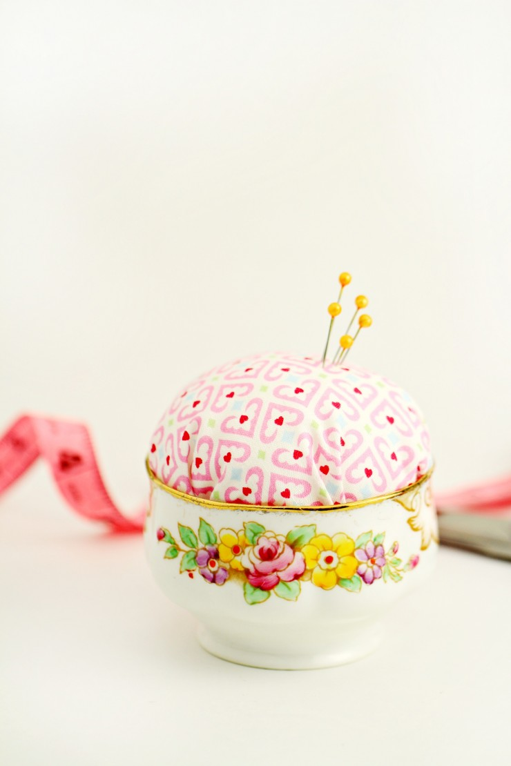 This Vintage Sugar Bowl Pin Cushion is a really cute but practical and cheap DIY project that would make a great gift for anyone who loves to sew.