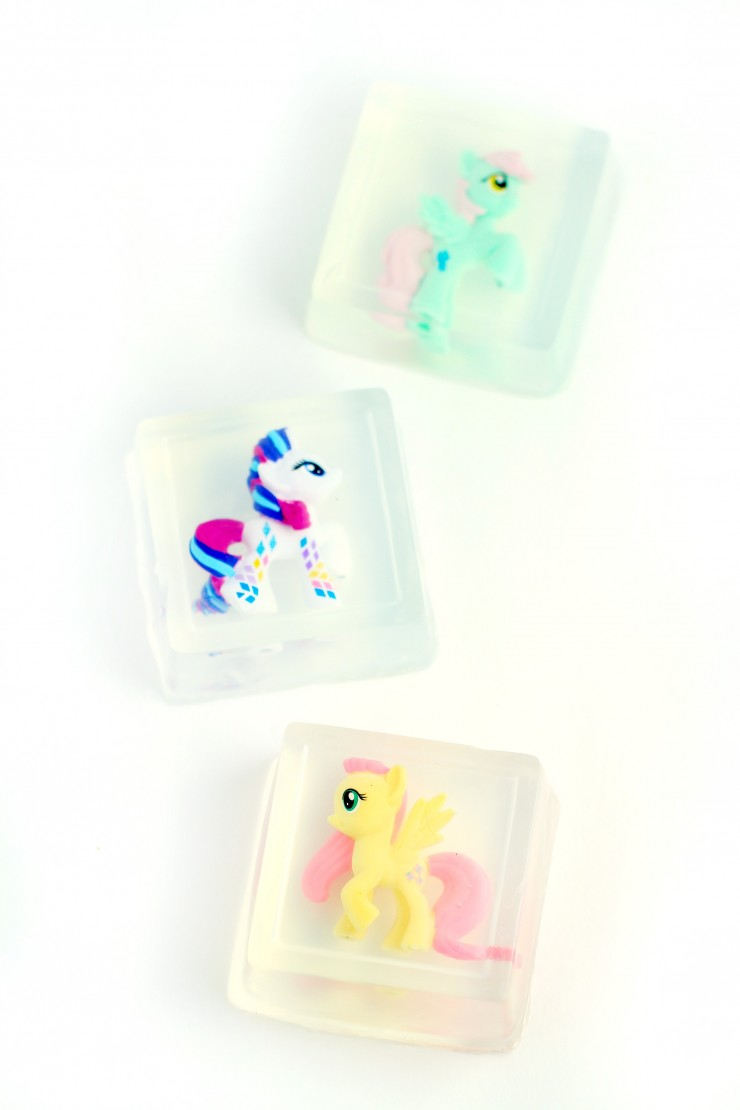 Make taking a bath or washing hands fun for kids by making handmade kids soap with toys inside. You can use any mould and small toy for this purpose. They make great stocking stuffers too!