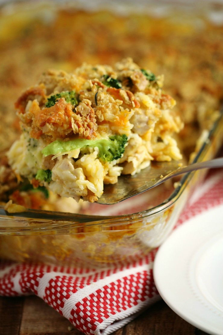 Chicken divan casserole with a cheesy oat topping frugal for Divan familial