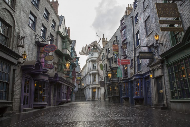 The Wizarding World of Harry Potter - 7 Must-See Attractions in Florida for Families