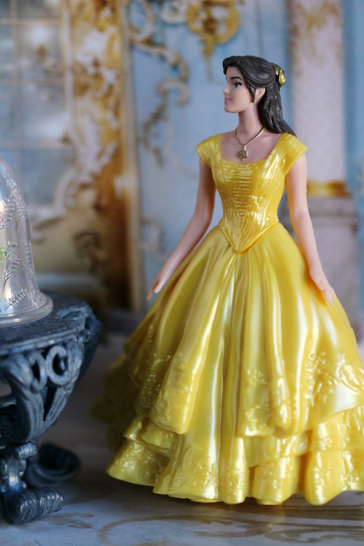 The Enchanted Rose Scene Set Includes Disneys Belle Beast And All Inspired By Live Action Movie My Girls Love Re Enacting