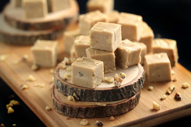 Super rich and ever-so-creamy, this Old Fashioned Maple & Walnut Fudge is made with real Maple Syrup, cream, butter and walnuts.